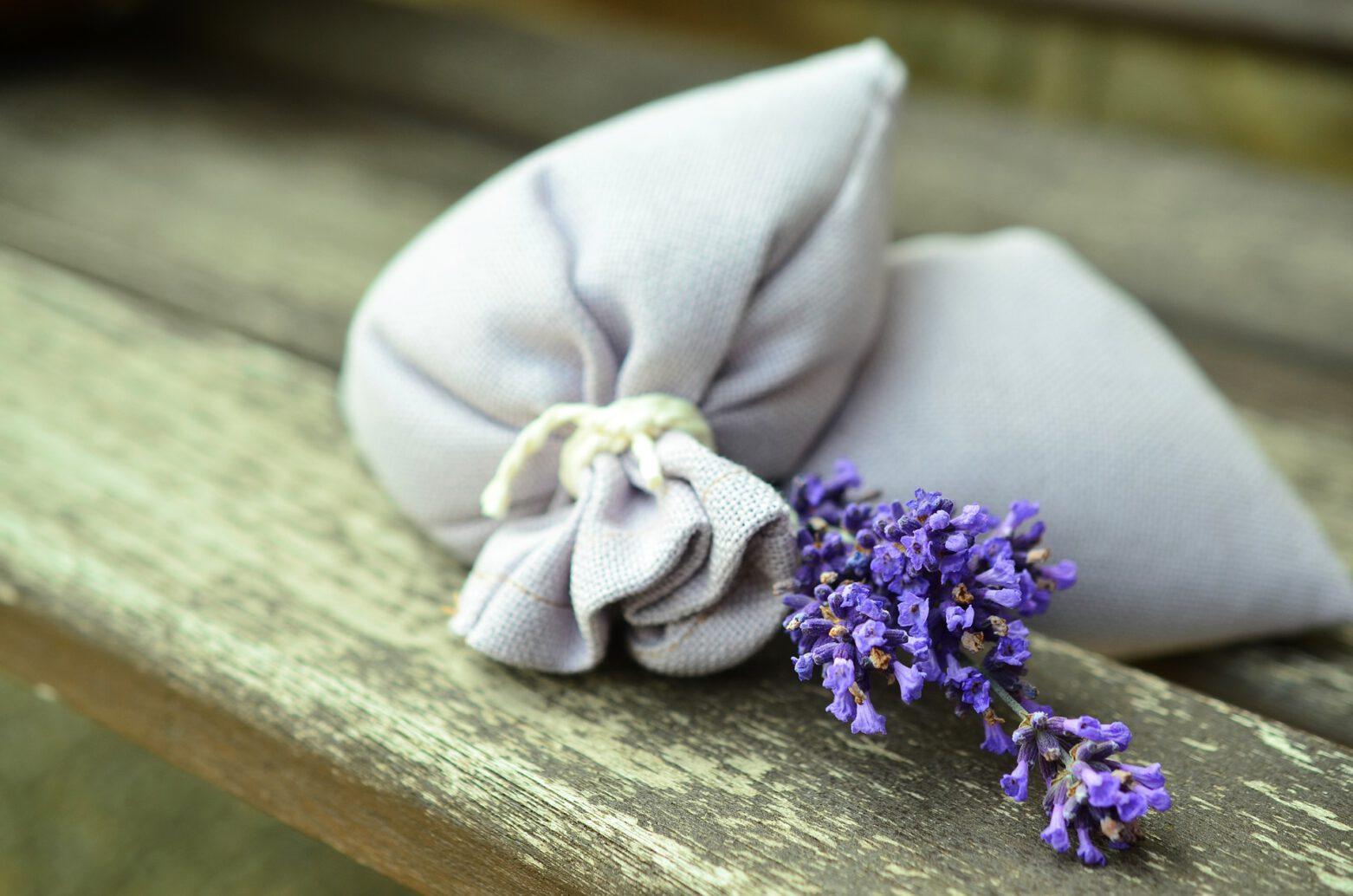 Duftender Abfall – Herstellen von Lavendelsäckchen aus Altmaterial